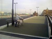 広い歩道あ.JPG